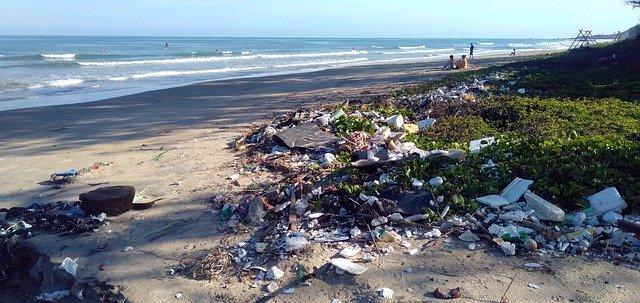 https://pixabay.com/de/photos/verschmutzung-m%c3%bcll-ozean-plastik-4855507/